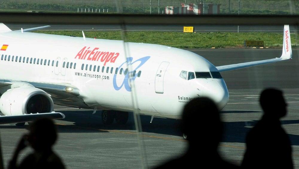 Los pilotos de Air Europa deciden ir a la huelga en verano