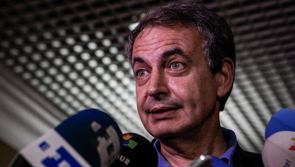 José Luis Rodríguez Zapatero a su llegada al aeropuerto de Maiquetía, en Caracas