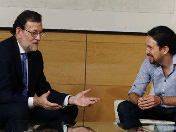 Mariano Rajoy y Pablo Iglesias en el Congreso en 2016
