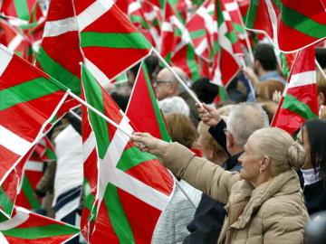 Manifestantes a favor de la independencia en el País Vasco