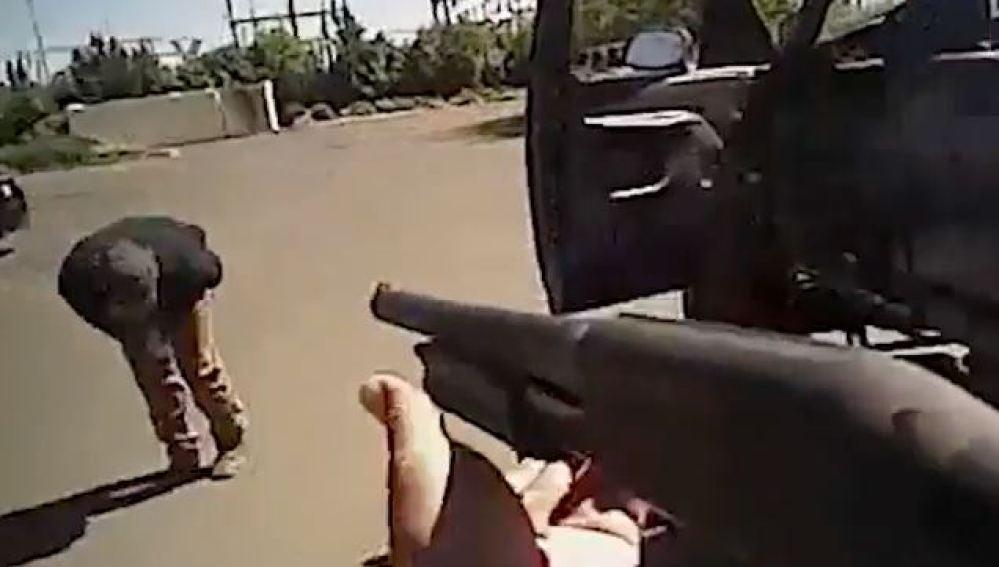 Un joven de 19 años muere por los disparos de dos agentes de Policía en Fresno, California, EEUU