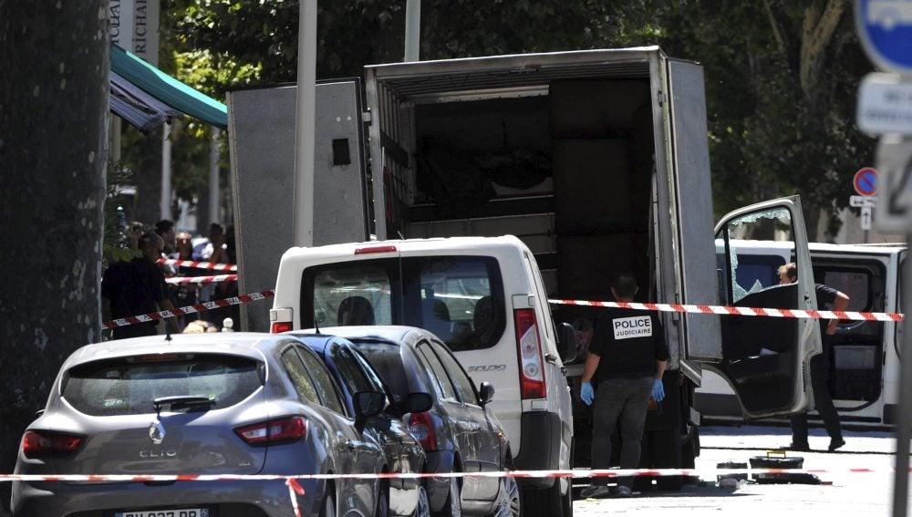 Camión del atentado en Niza