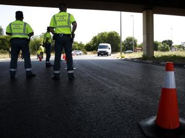 Control de tráfico de la Guardia Civil en una imagen de archivo