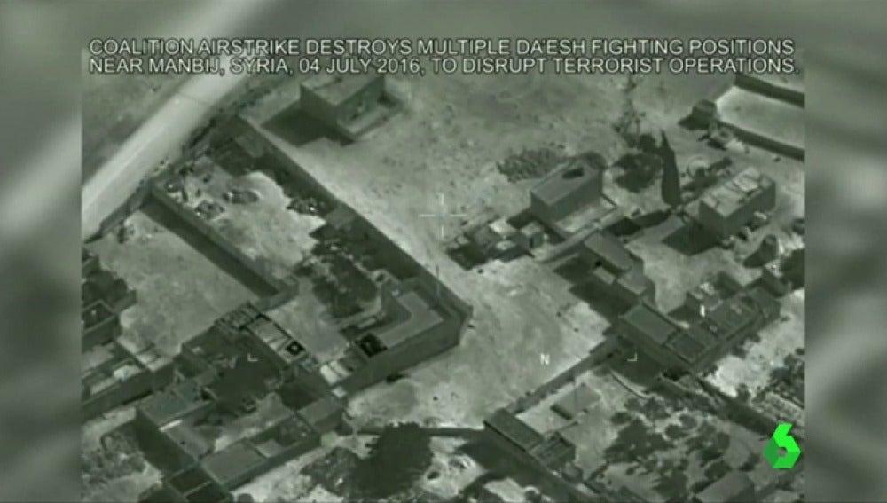 Frame 5.709724 de: bombardeos siria