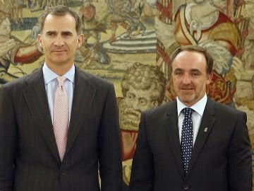 El Rey ha recibido esta tarde en el Palacio de la Zarzuela al presidente de UPN, Javier Esparza