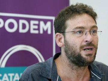 Albano Dante Fachin habla con los medios en una rueda de prensa