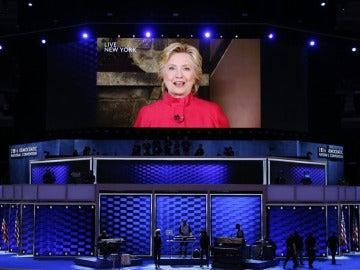 Hillary Clinton en su primera intervención tras la nominación como candidata a la Casa Blanca.