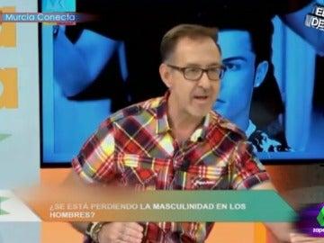"Frame 63.917036 de: Quique Peinado contesta a Paco García: """"Al friki sobre actuado, se le ha calentado la 'boquina' """