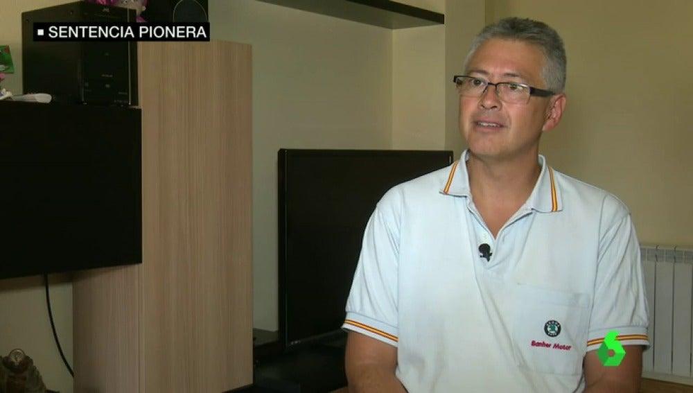 Frame 13.861127 de: Un juez emite una sentencia pionera en España de incapacidad por electrosensibilidad