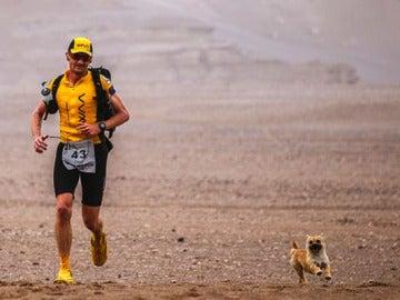 Ambos maratonistas corriendo
