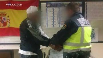 Aeropuerto-Policías en acción