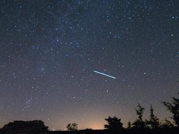 Lluvia de estrellas en Québec, en Canadá, en una imagen de archivo