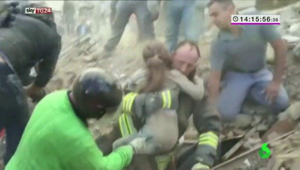 Frame 7.802746 de: niña rescate