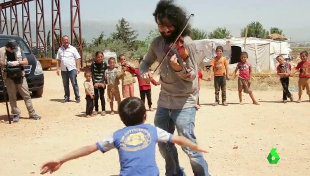 Frame 1.433525 de: VIOLISTA EL LIBANO