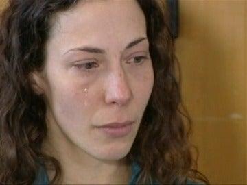 Frame 18.850997 de: Rescatan con vida a una mujer checa que llevaba un mes desaparecida en las montañas de Nueva Zelanda