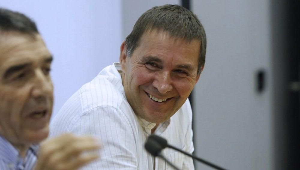 Arnaldo Otegi presenta su candidatura a lehendakari