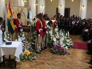 Al funeral han acudido algunos ministros del Gobierno de Evo Morales