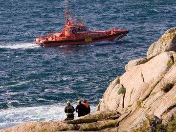 Buscan a un percebeiro desaparecido en la costa de A Guarda, Pontevedra