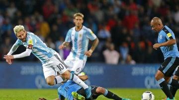 Messi, al suelo
