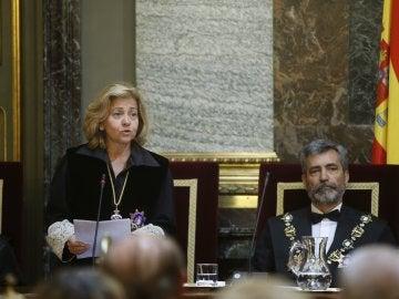 La fiscal general del Estado, Consuelo Madrigal durante su intervención.
