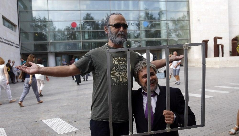 Xavi Castillo parodia a Rus en la cárcel