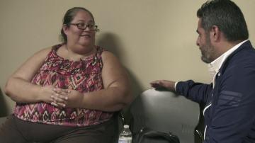 Jalis de la Serna entrevista a una mujer con sobrepeso