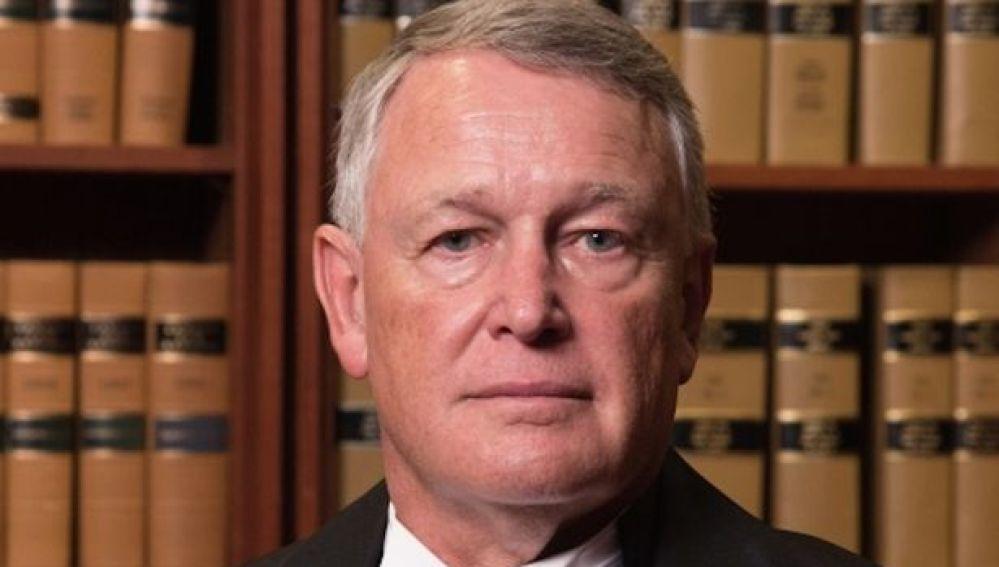 Robin Camp, el juez investigado en Canadá