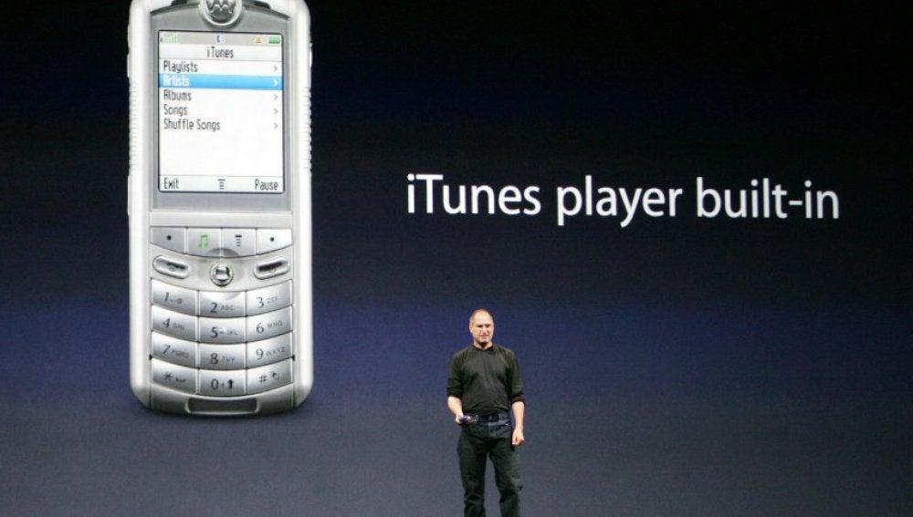 Steve Jobs presentando iTunes Phone