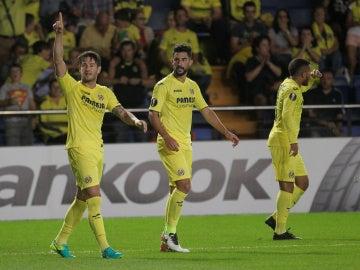 Pato celebra su gol ante el Zúrich