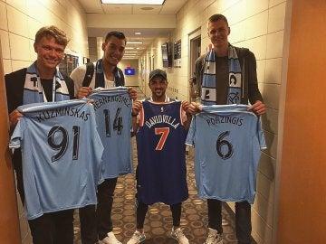 Villa intercambió camisetas con Hernangómez, Porzingis y Kuzminskas
