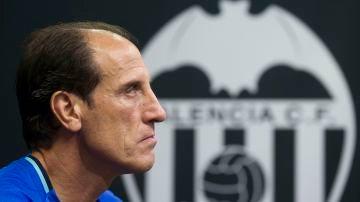 Voro González, dirigirá al Valencia contra el Atlético de Madrid