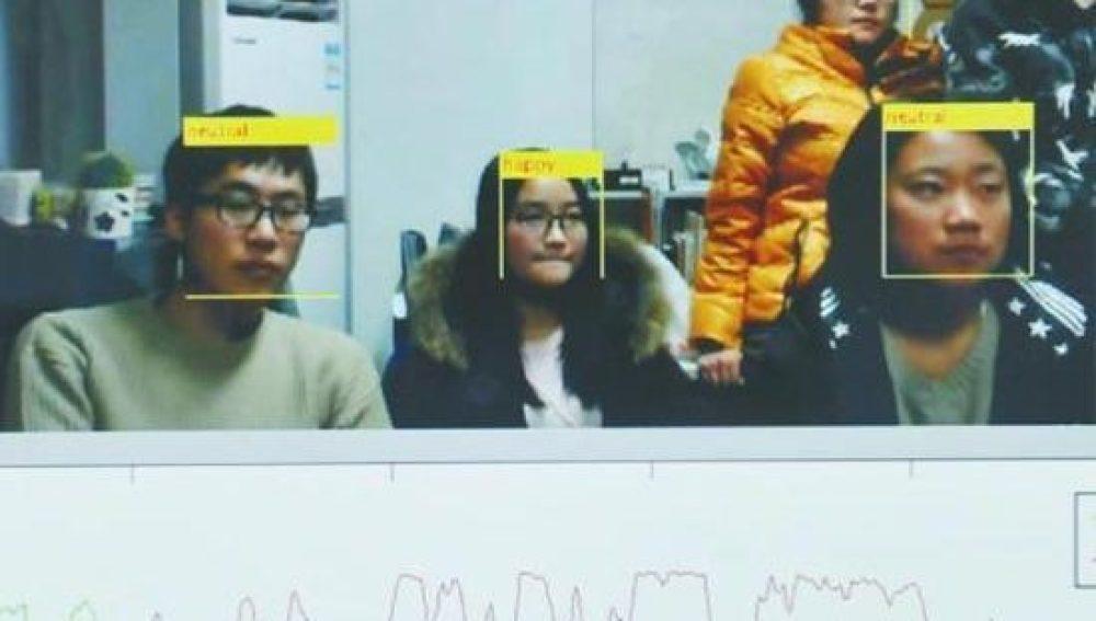 Modelo de reconocimiento facial en alumnos de la Universidad