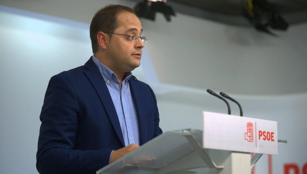 César Luena valora los resultados del PSOE el 25S