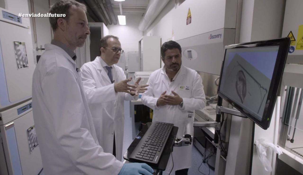Jalis de la Serna, en el Instituto de Bioingeniería de Barcelona