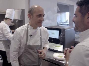 Paco Pérez, el chef 5 estrellas Michelin, junto a Jalis de la Serna