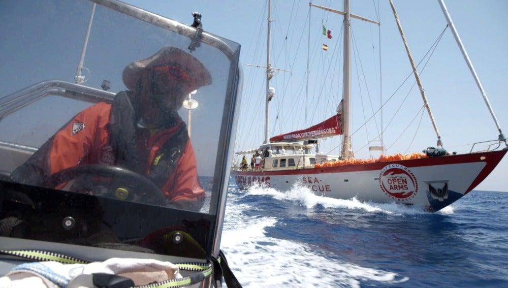 Imagen del barco 'Astral' en Salvados
