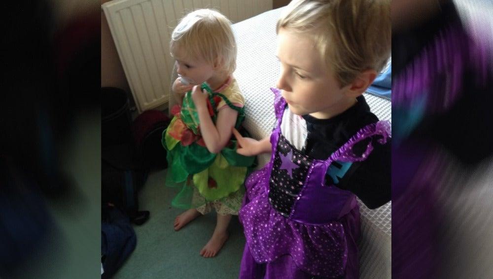 Niño con un vestido de hada