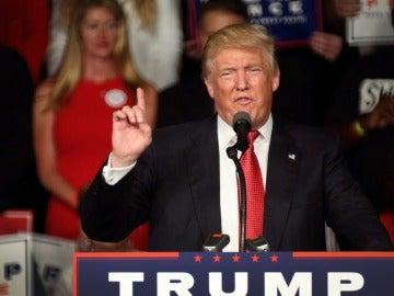 El empresario y candidato presidencial por el partido republicano estadounidense, Donald Trump
