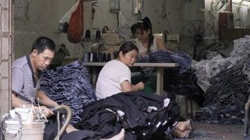 Un taller de vaqueros en China