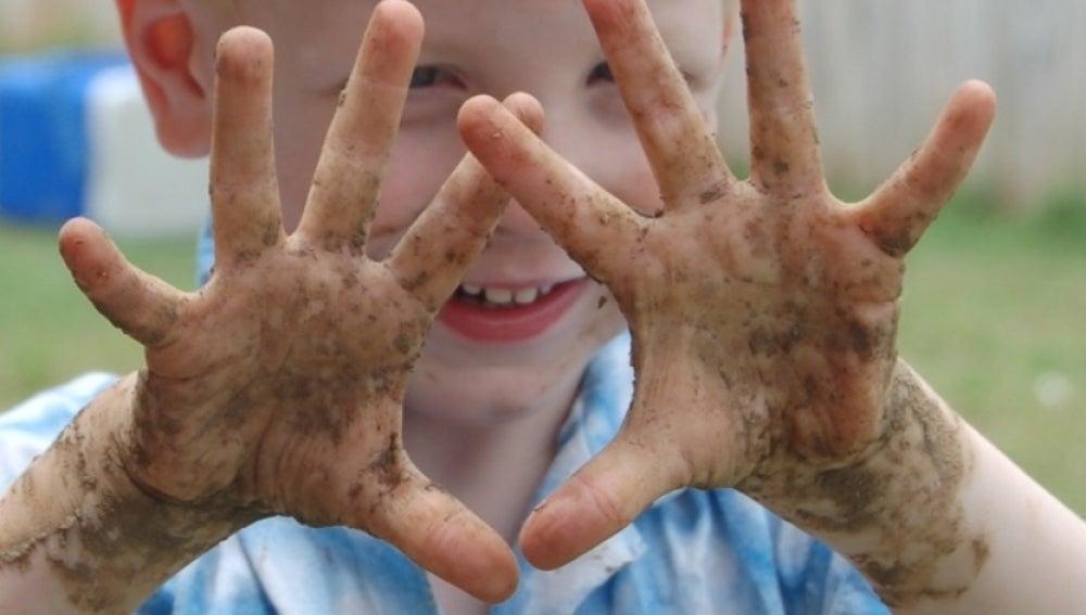 Cuatro cosas que debiste hacer de niño para no tener alergias