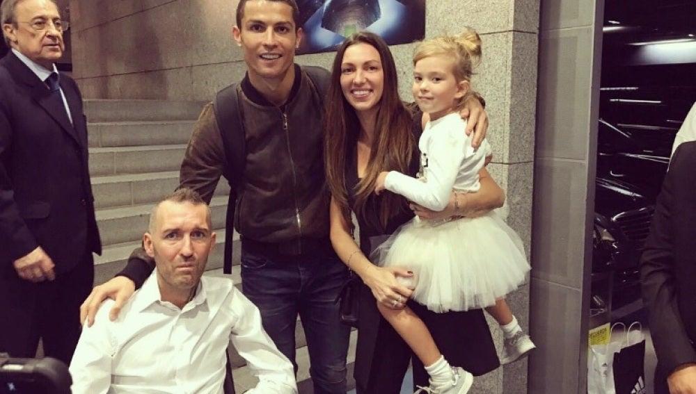 Cristiano Ronaldo junto a Ricksen, exfutbolista enfermo de ELA