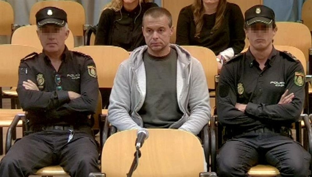 El presunto pederasta de Ciudad Lineal durante el juicio