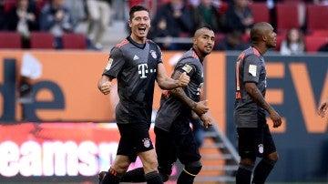 Lewandowski, celebrando un gol ante el Augsburgo