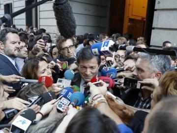 Javier Fernández a su llegada al Congreso de los Diputados