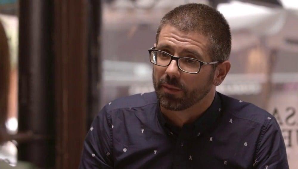 """Frame 156.394003 de: Miguel Ángel, militante del PSC: """"Igual prefiero 60 o 50 diputados y mantener nuestra posición política intacta"""""""