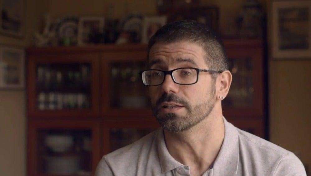 """Frame 179.422628 de: Militante del PSOE, sobre Felipe González: """"Es como si descubriéramos que era un cantante que cantaba en 'playback'"""""""