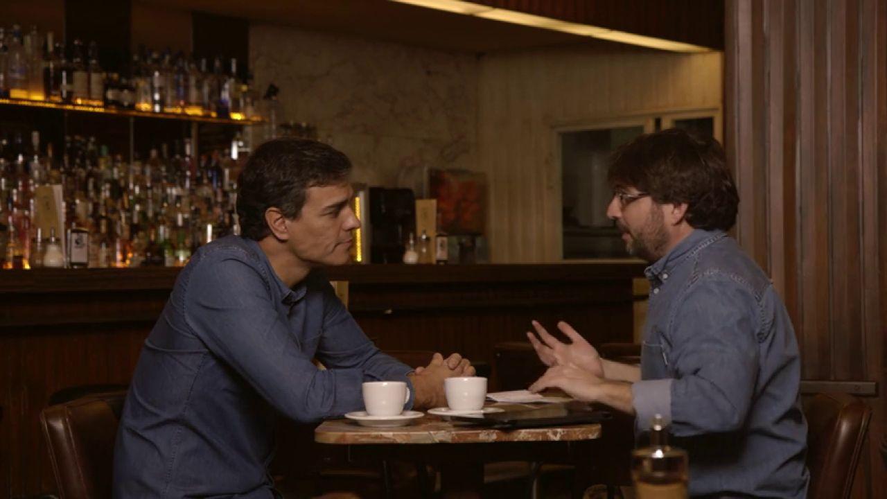 """Frame 269.485967 de: Pedro Sánchez: """"Sólo se ha visto un pensamiento único en las líneas editoriales. Rajoy o nuevas elecciones"""""""