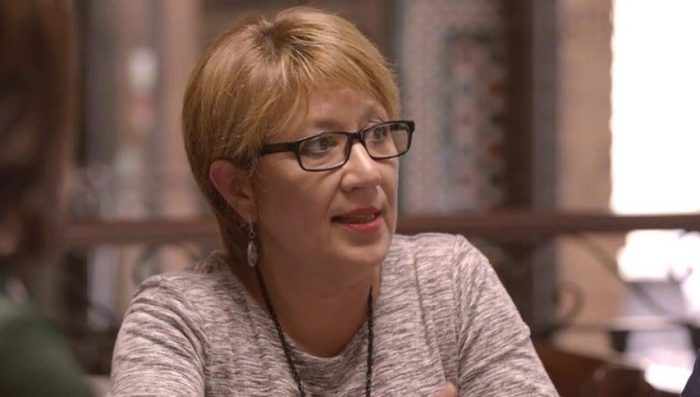 """Frame 206.311965 de: Trini Castelló, militante del PSOE: """"De ninguna de las maneras y a ningún precio se le puede dar el Gobierno a Rajoy"""""""