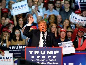 Donald Trump, durante el mitin de cierre de campaña