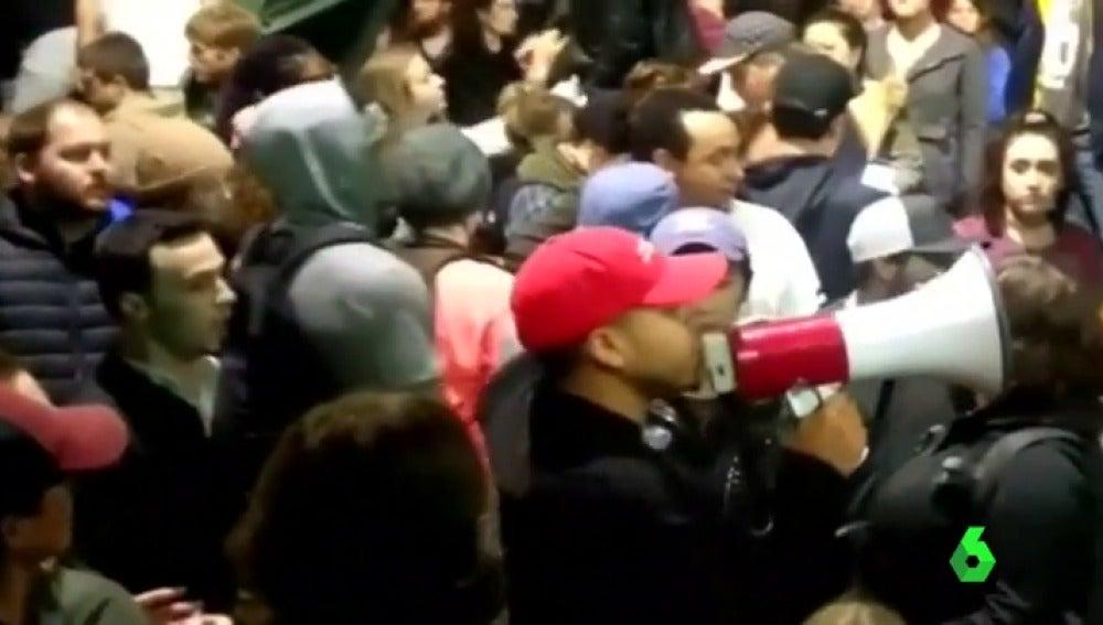Frame 0.746201 de: protestas